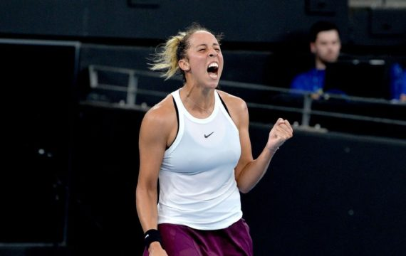 Keys finish comeback over Kvitova to arrive at Brisbane last